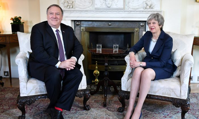 U.S. Secretary of State Mike Pompeo meets with Britain's Prime Minister Theresa May at 10 Downing Street in London, Britain on May 8, 2019. (Mandel Ngan/Pool via Reuters)