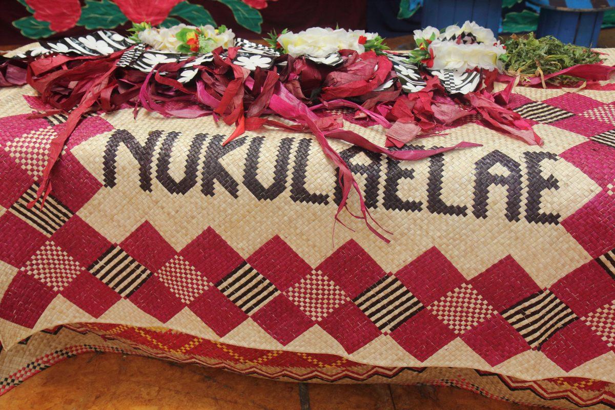 Island crafts woven mats