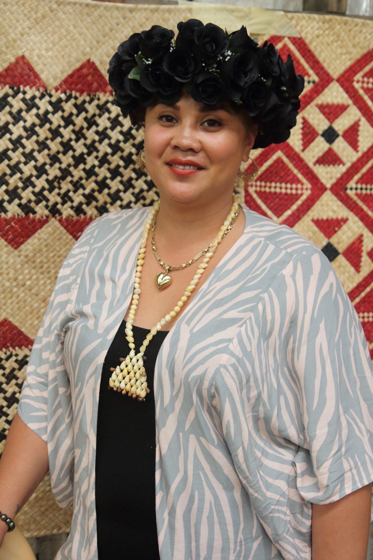 Lady in pacific island attire