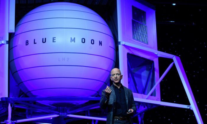 Founder, Chairman, CEO and President of Amazon Jeff Bezos unveils his space company Blue Origin's space exploration lunar lander rocket called Blue Moon during an unveiling event in Washington, on May 9, 2019. (Clodagh Kilcoyne/Reuters)
