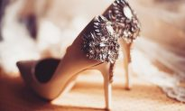 Bride Receives Wedding Shoes. On Seeing a Message on the Soles, She 'Couldn't Breathe'