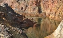 Chinese Companies Deprive Locals of Livelihood in Small-Scale Mining in Africa