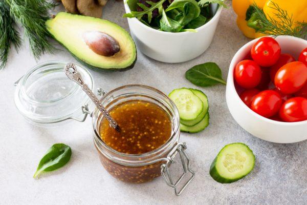 basic salad vinaigrette with vegetables