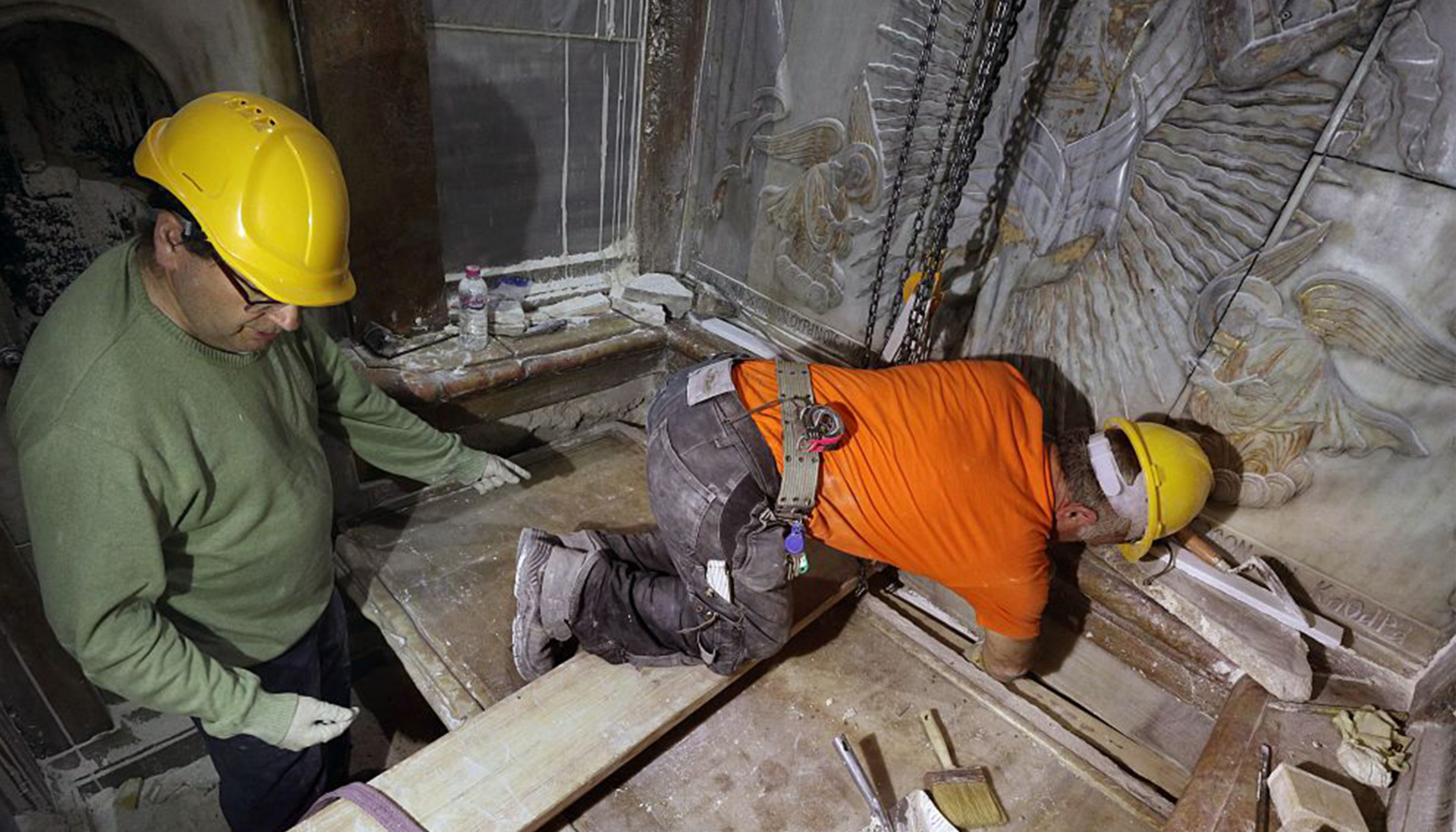 Jesus Christ's Tomb Opened by Crew for 1st Time in 500 Years, Reveals Amazing Discovery