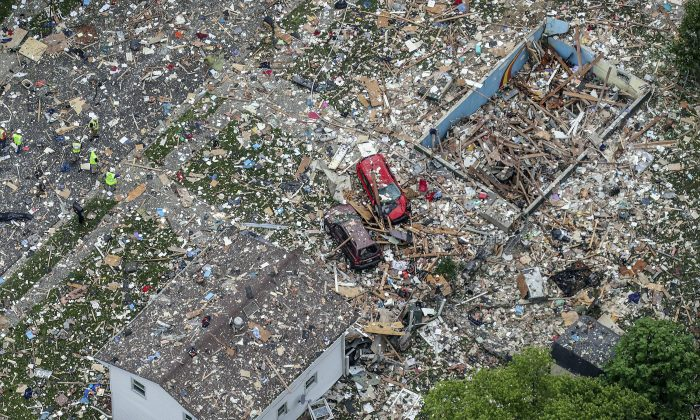 This aerial photo shows the scene of a deadly home explosion in Jeffersonville, Ind., on May 19, 2019. (Michael Clevegner/Courier Journal via AP)