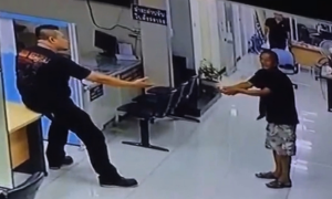 Officer Who Hugs Knife-Wielding Attacker Impresses the Internet With Compassion