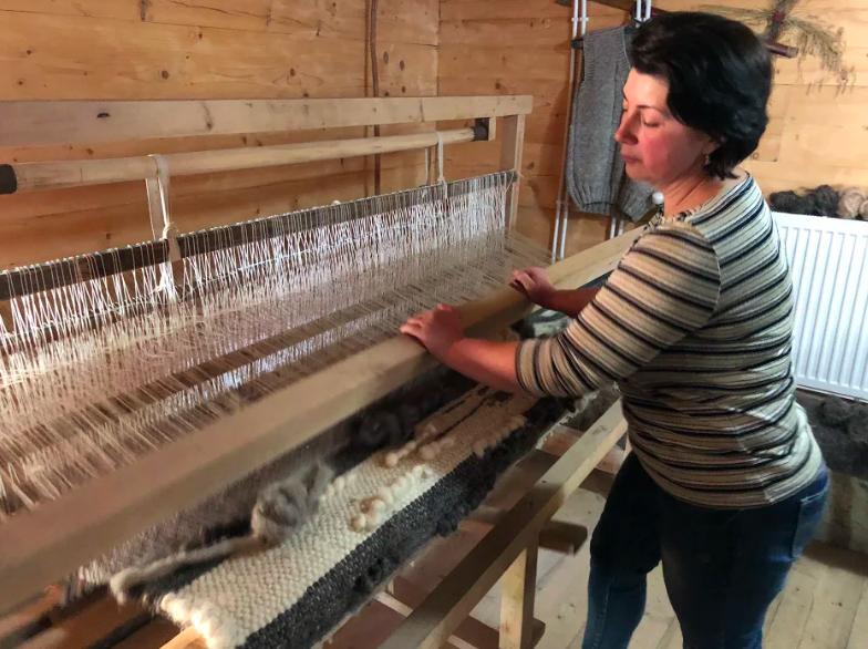 weaver ukraine