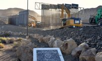 Veteran's Private Border Wall Project Builds First Section Near El Paso After Raising $22 Million