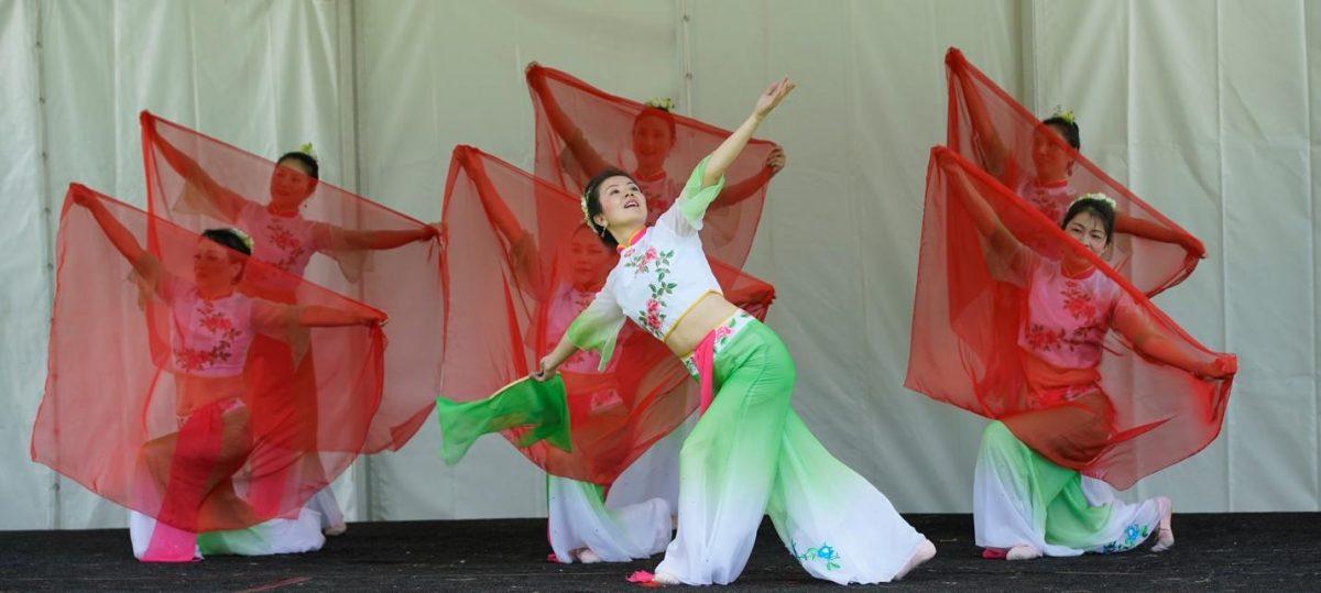 Columbus art fest-flg-Chinese dancers