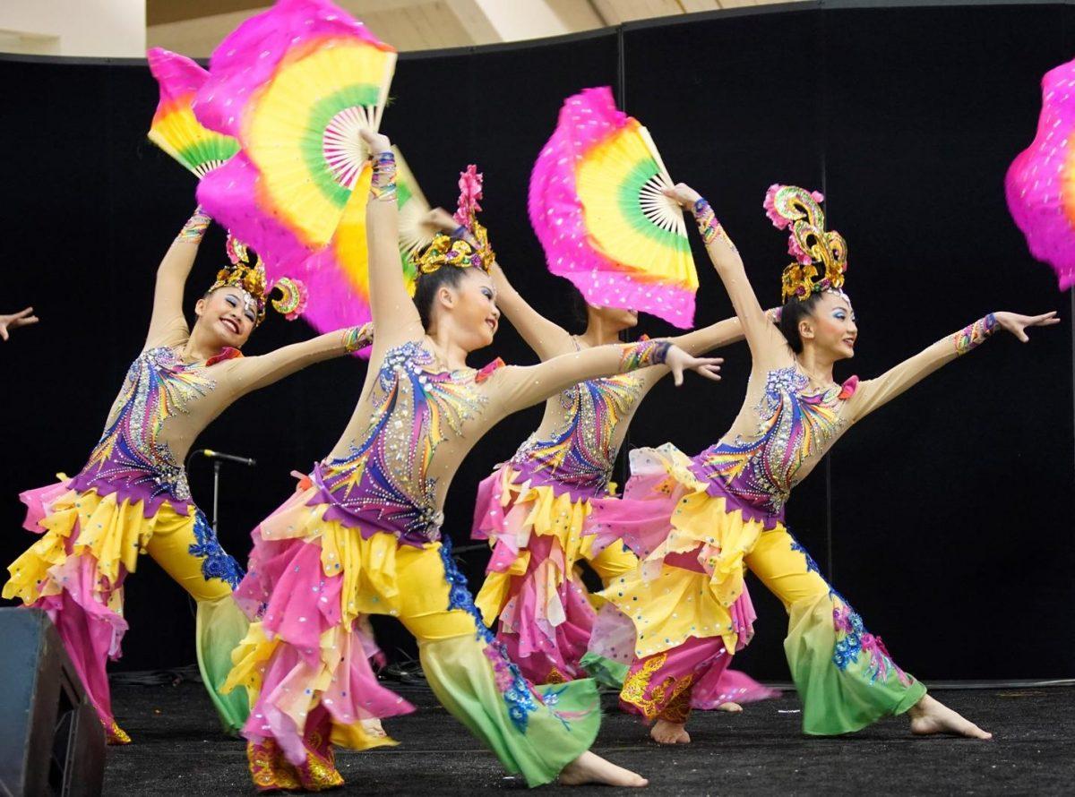 Columbus art fest-flg-ethnic dancers