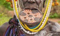 African Woman With the World's Largest Lip Disc, Her Adornment Is As Big As Her Head
