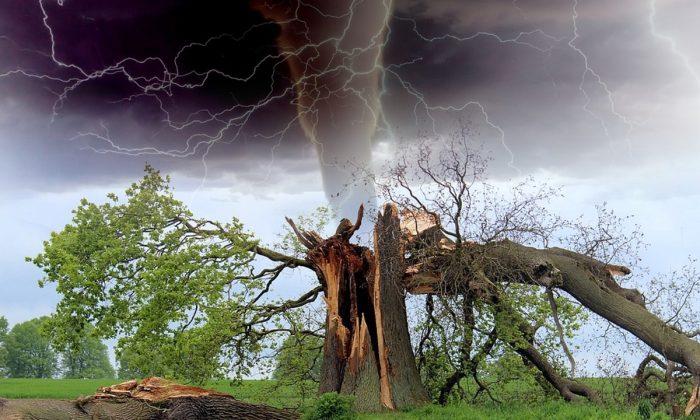 Stock image of a tornado. (Barroa Artworks/Pixabay)