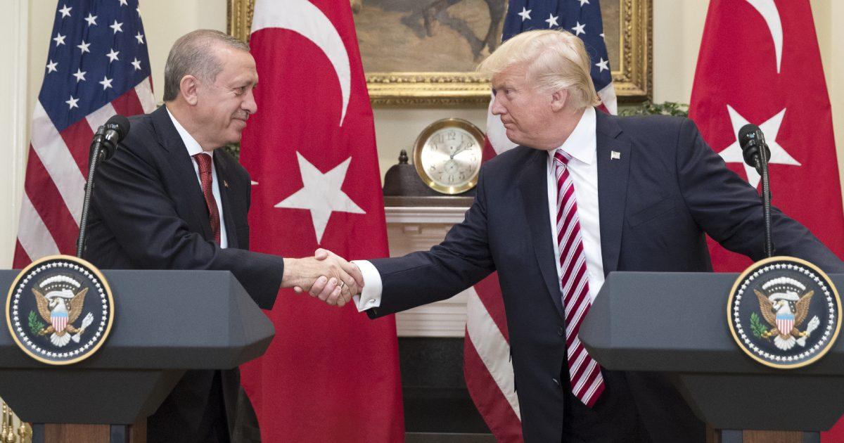 Donald Trump (R) shakes hands with President of Turkey Recep Tayyip Erdogan