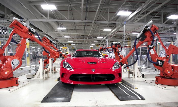 A Dodge Viper undergoes a test at the Flushing Gap Cell area at the Viper Assembly Plant May 8, 2015 in Detroit, Michigan. Bill Pugliano/Getty Images