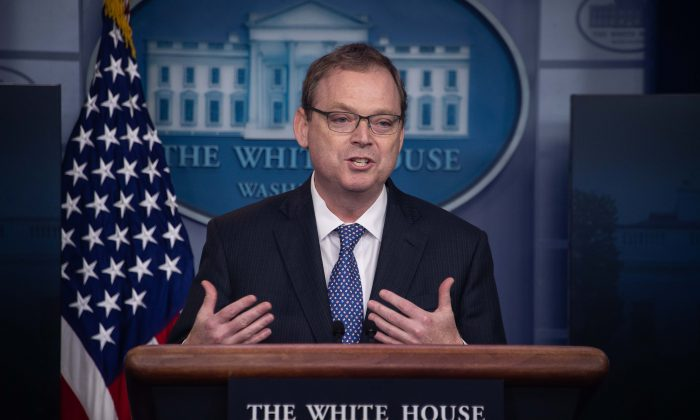 Kevin Hassett, chairman of the Council of Economic Advisers, speaks during a briefing at the White House in Washington on Sept. 10, 2018.  (NICHOLAS KAMM/AFP/Getty Images)