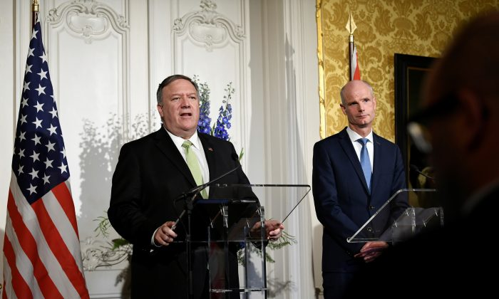 U.S. Secretary of State Mike Pompeo speaks as Dutch Foreign Minister Stef Blok looks on during a joint news conference in The Hague, Netherlands on June 3, 2019. (Piroschka Van De Wouw/Reuters)