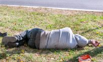Man Quietly Sat on Same Street for 3 Years, Then a Stranger Turned His Life Around