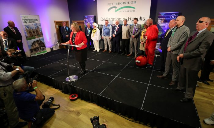 Labour Party candidate Lisa Forbes speaks after winning the Peterborough by-election at the KingsGate Centre in Peterborough, Britain early June 7, 2019. (Chris Radburn/Reuters)