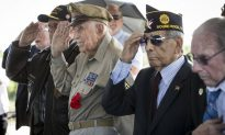 D-Day Veterans Choke Back Tears to Ensure Memories Live On