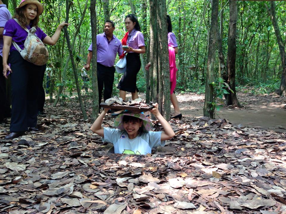 cu chi tunnel vietnam