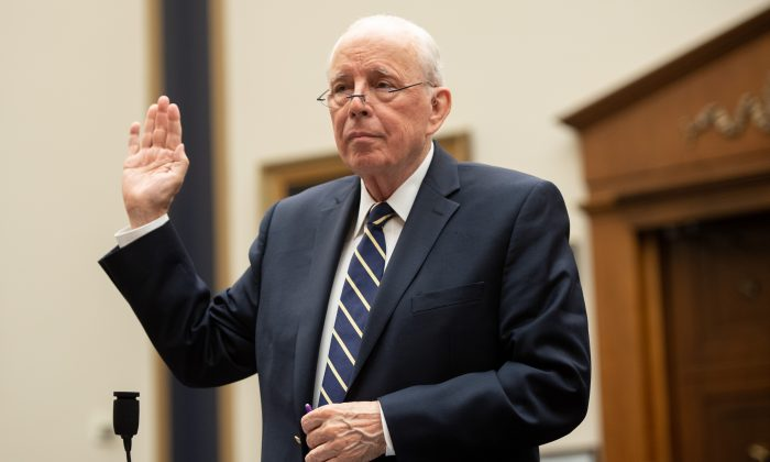 Former White House counsel John Dean is sworn-in as he testifies during a House Judiciary Committee hearing on Capitol Hill on June 10, 2019. (SAUL LOEB/AFP/Getty Images)