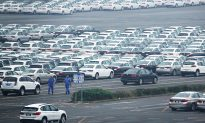 Chinese Auto Sales Post Worst-Ever Monthly Decline as Trade War Intensifies