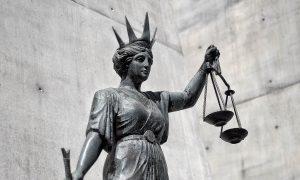 Ex-Filipino Bar Girl Denies Queensland Murder in Australia