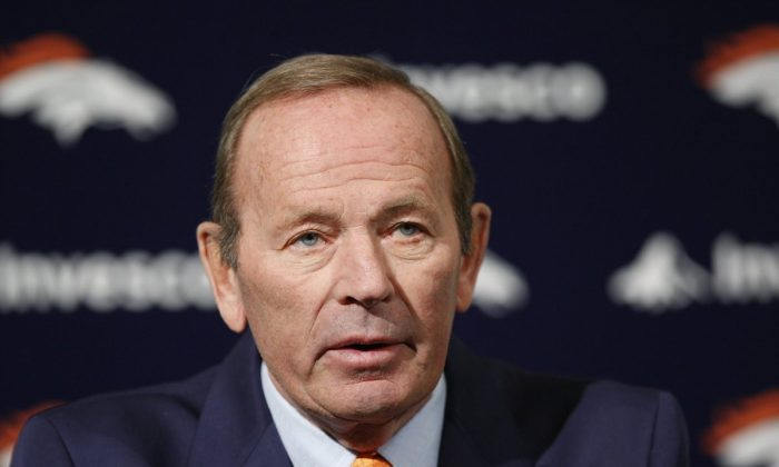 Broncos owner Pat Bowlen talks about Hall of Fame quarterback John Elway who he named Executive V.P. of football operations during a news conference at the team's headquarters in Englewood, Colo., on Jan. 5, 2011. (Ed Andrieski/AP Photo)