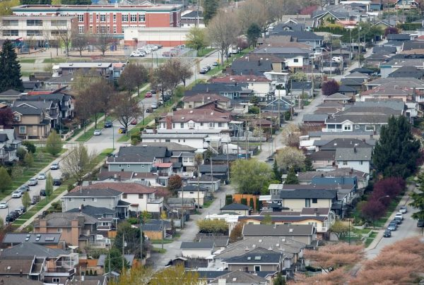Homes are pictured in Vancouver on Apr 16, 2019. (Jonathan Hayward/The Canadian Press)