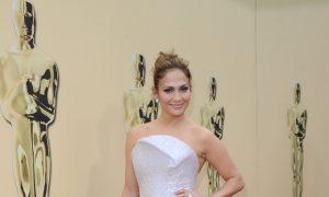 Jennifer Lopez, Shakira to Perform During Super Bowl Halftime