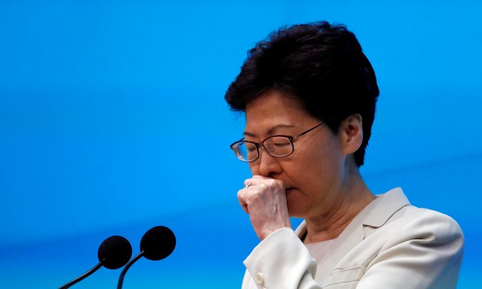 Hong Kong Chief Executive Carrie Lam attends a news conference in Hong Kong, China, June 18, 2019. (Reuters/Tyrone Siu/File Photo)