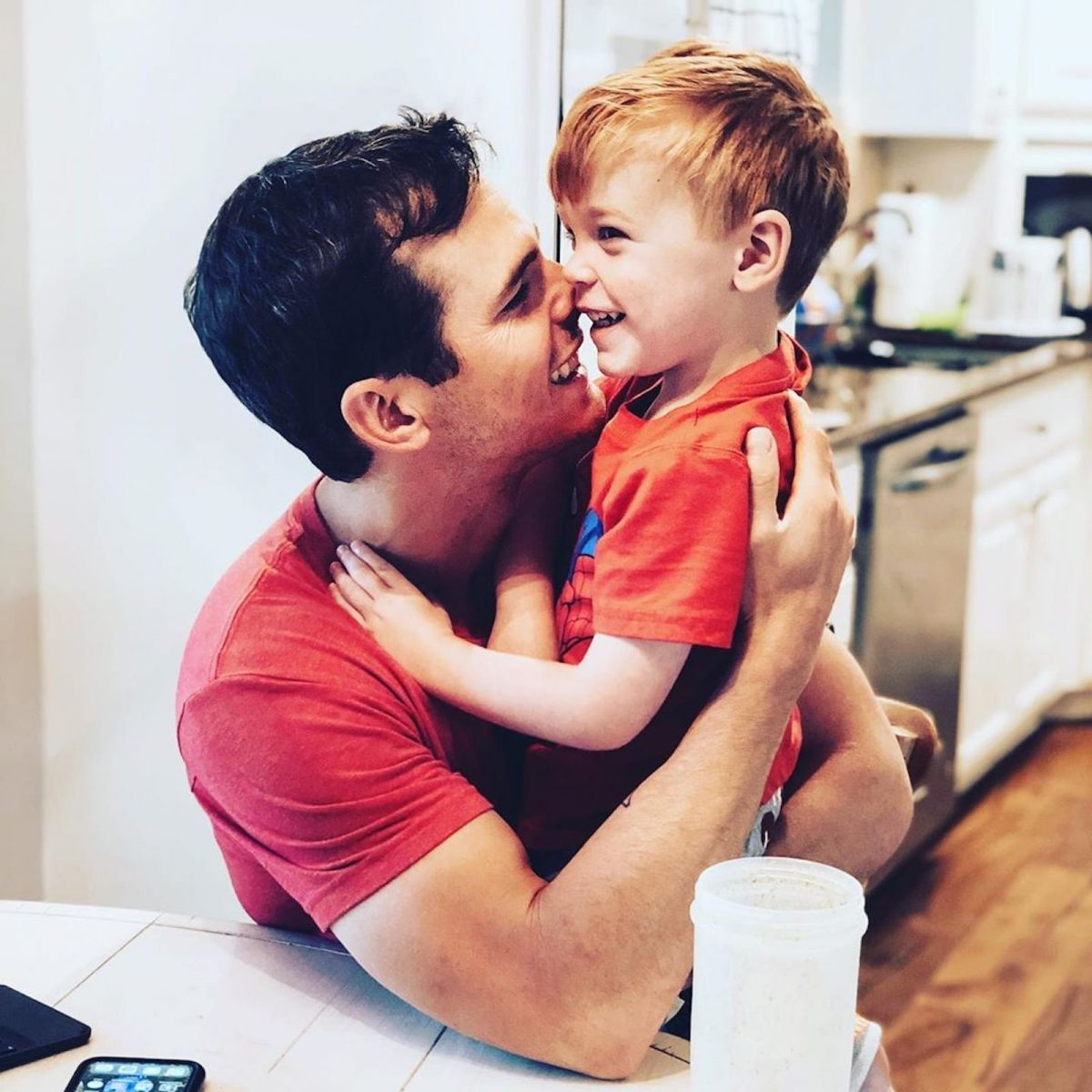 Country singer Granger Smith and son