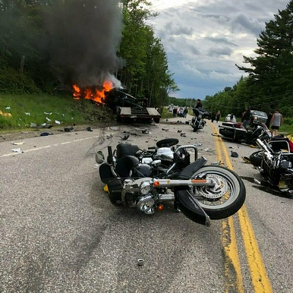 Motorcyclers mourn fatal crash 2