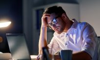 Long Hours at the Office Could Be Killing You