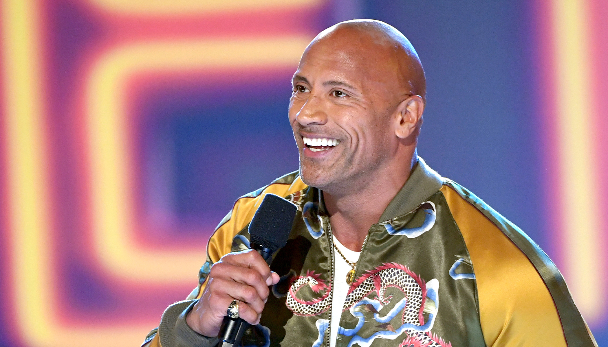 Flipboard Dwayne Johnson Chats With His Baby Daughter