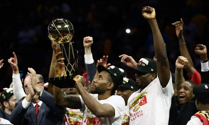 Kawhi Leonard celebrates after the Toronto Raptors won the NBA championship over the Golden State Warriors on June 13, 2019. (Ezra Shaw/Getty Images)