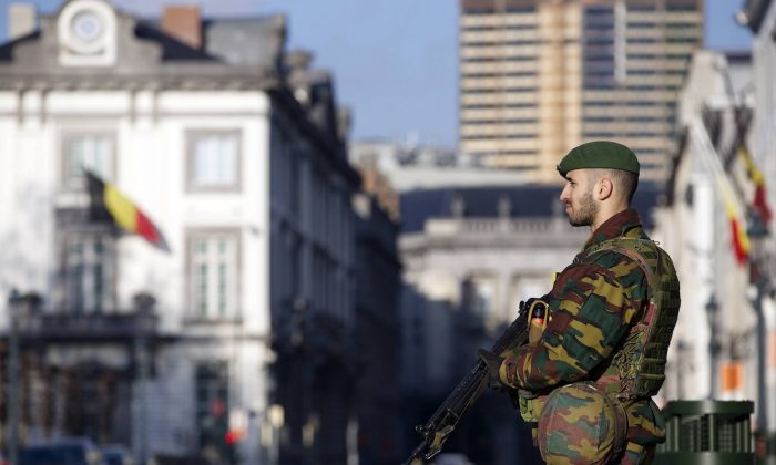 A Belgian soldier stands guard outside the US Embassy in Brussels on Jan. 17, 2015. (Nicolas Maeterlinck/AFP/Getty Images)