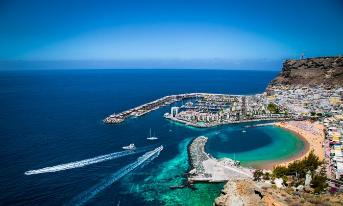 Puerto de Mogan town on the coast of Gran Canaria island, Spain. (Aleksandar Todorovic/Shutterstock)