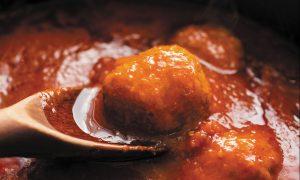 Gina's Brodo di Mamma e Polpette (Meatballs With Tomato Sauce)