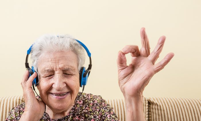 Listening to music improved patients physical and psychological well-being because it distanced them from negative thoughts about cancer. (Berna Namoglu/Shutterstock)