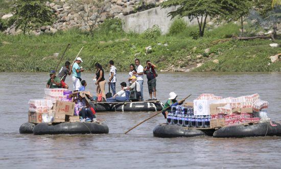 At Busy Southern Mexico Border, No Troops to Be Found