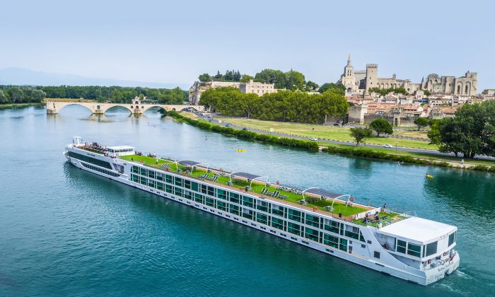 The Scenic Sapphire. (Courtesy of Scenic Cruises)