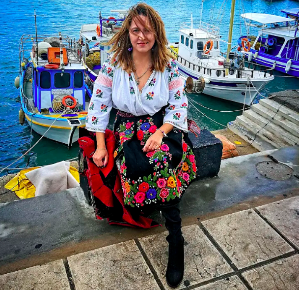 woman heraklion