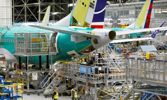 Boeing Deliveries Fall 38% in the First Seven Months of 2019