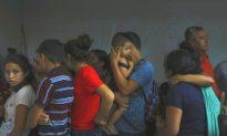 Mexico Detains Dozens of Migrants in Raid on Freight Train