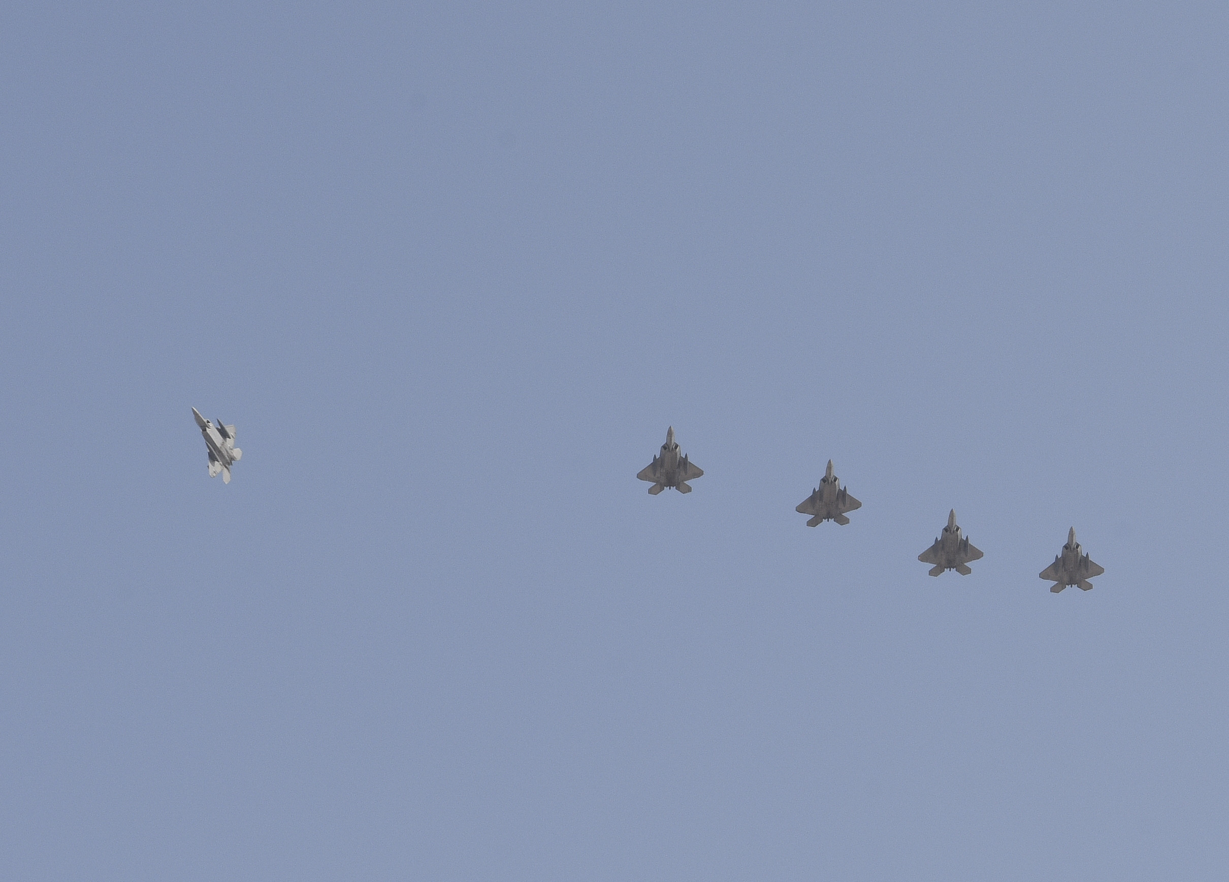 F-22 US to Iran 3