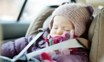 Never Strap Your Child in Car Seat Like This, Avoiding Such Mistakes Can Be Life-Saving