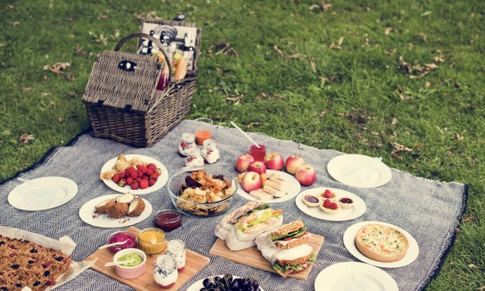 Picnics are one of summer's simplest pleasures. (Shutterstock)