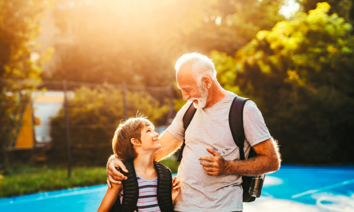 Let your grandchildren regale you with their stories and all they have to say. (HEDGEHOG94/SHUTTERSTOCK)