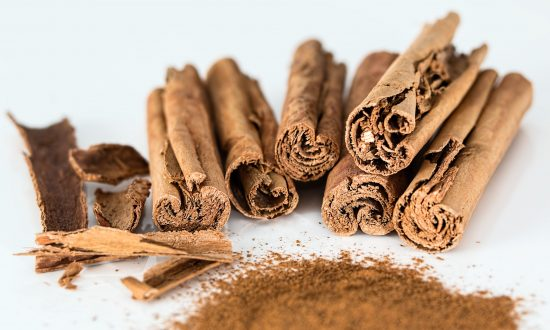 6 Healthy Reasons to Eat More Real Cinnamon (Not Its Cousin)